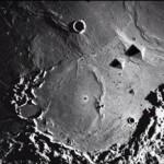 Ученные обнаружили необъяснимые постройки на обратной стороне луны